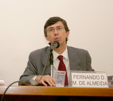 FERNANDO DIAS MENEZES DE ALMEIDA 395x353